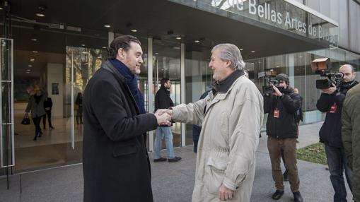 Junto al ministro Méndez de Vigo en una visita reciente al museo bilbaíno