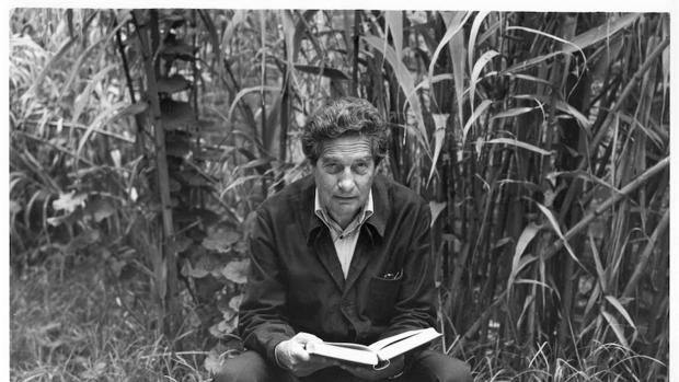 Octavio Paz retratado por Manuel Álvarez Bravo