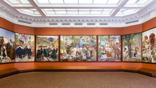 Sala Sorolla, con los 14 paneles de la «Visión de España» del pintor valenciano