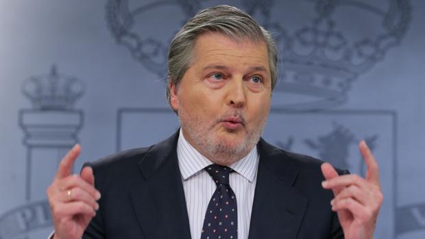 El ministro de Cultura, Íñigo Méndez de Vigo, durante la rueda de prensa posterior al Consejo de Ministros