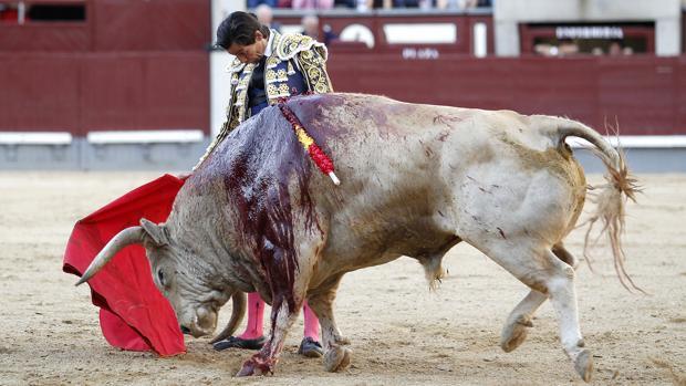 Curro Díaz se sintió por momentos con el jabonero quinto