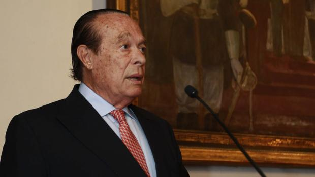 Curro Romero, durante la entrega de los premios en Sevilla
