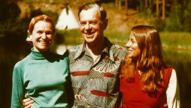 Joseph Campbell junto a su mujer Jean Erdman (izquierda) y Joan Halifax en 1970