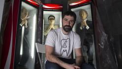 Eugenio Merino en su estudio