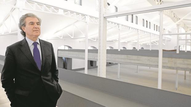 La salida de César Antonio Molina deja Casa del Lector sin director