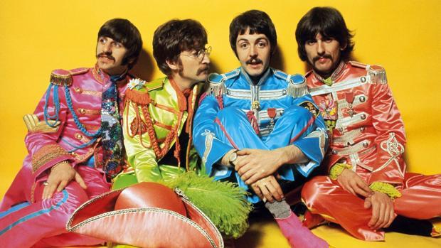 Los Beatles (en la imagen) nos obsequiaron en 1967 con su conocido «Sgt. Pepper's Lonely Hearts Club Band»
