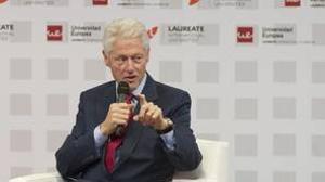 El expresidente estadounidense Bill Clinton en una conferencia en la Universidad Europea de Madrid