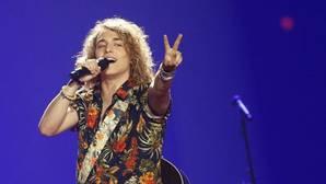El candidato español en Eurovisión 2017, Manel Navarro, durante su actuación