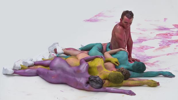 «Corpsing», «performance» de Eddie Peake