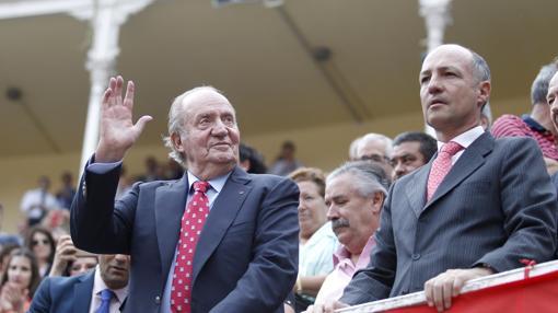 Don Juan Carlos, con Juan Pedro Domecq, en preferente