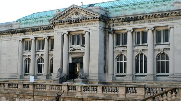 Fachada de la sede neoyorquina de la Hispanic Society, al norte de Manhattan