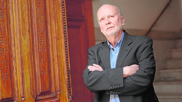 El poeta polaco Adam Zagajewski, fotografiado en Madrid poco antes de la entrevista
