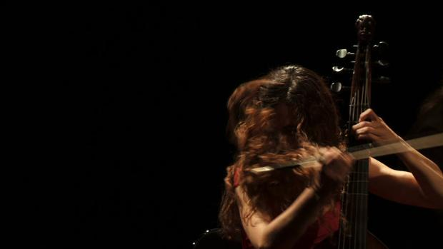 Sara Ruiz en uno de sus conciertos