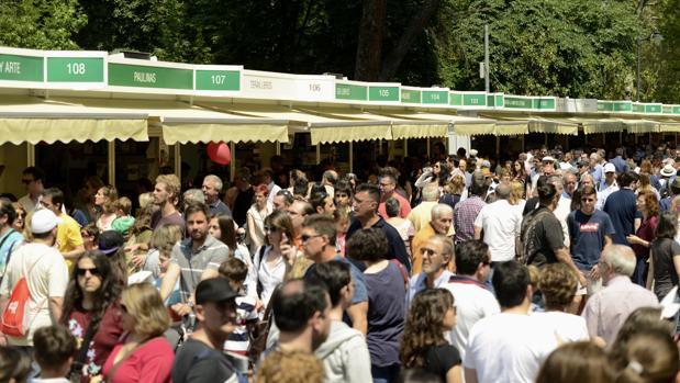 La Feria del Libro de Madrid permanecerá abierta en el parque del Retiro hasta el 11 de junio