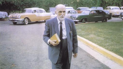 Juan Ramón, ya viudo, en Puerto Rico