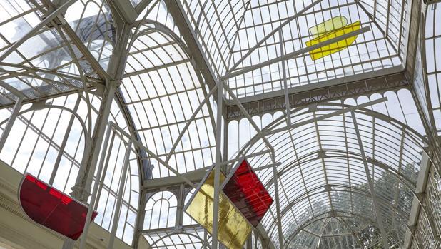 Detalle de parte de la instalación de Rosa Barba en el Palacio de Cristal