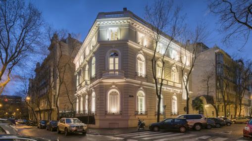 Fachada de la sede de la fundación en la calle Monte Esquinza de Madrid