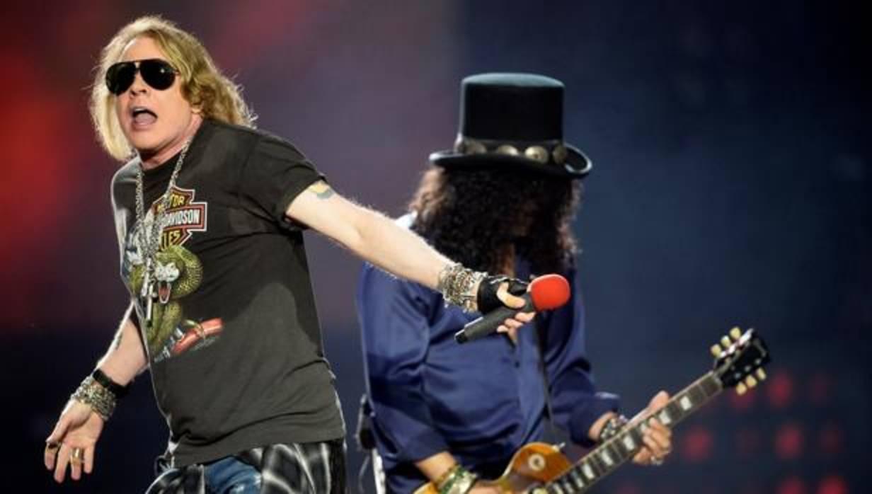 Los Guns N' Roses de Axl y Slash hacen vibrar a un San ...