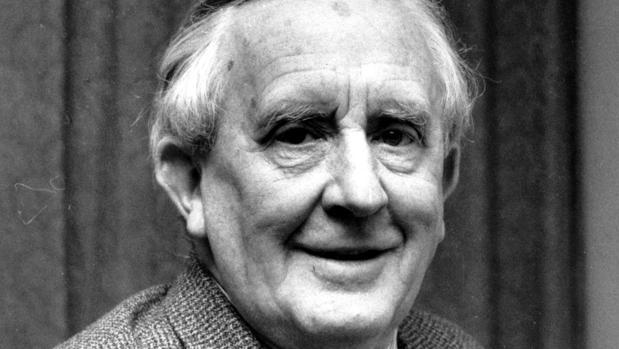 Publican cien años después la novela con la que Tolkien superó la guerra
