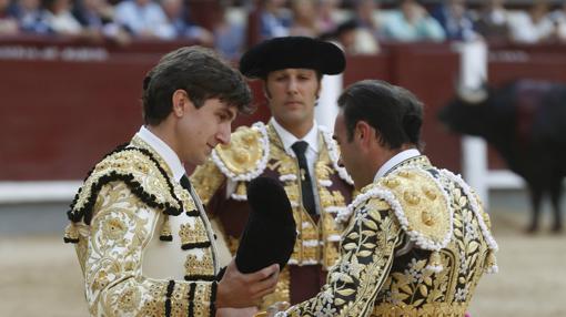 Varea confirmó de manos de Ponce y en presencia de Mora