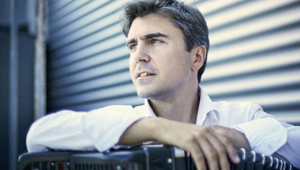 Iñaki Alberdi acaba de grabar el disco «Sensations»