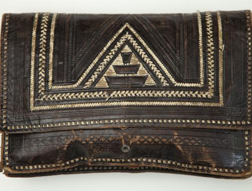 La cartera de piel que Luisa Carnés llevaba cuando partió al exilio