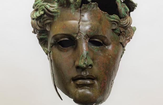 Cabeza monumental de bronce de Demetrio primero (307 a.C.)