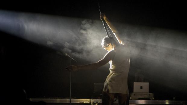 El venezolando Arca, ayer durante su actuación en el Sónar