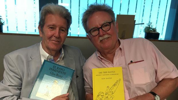 El editor de Anagrama, Jorge Herralde, junto a Glen Baxter ayer en Barcelona
