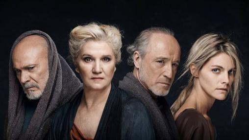 Parte del numeroso elenco actoral de «La Orestiada» dirigida por Plaza