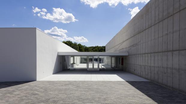 Exterior de Magazzino, nuevo museo en la ribera del Hudson, diseñado por el español Miguel Quismondo