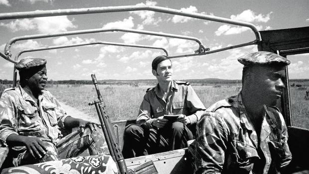 Las misivas de Antònio Lobo Antunes desde la guerra de Angola son el centro de «Cartas de guerra»