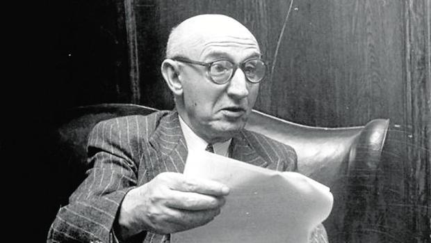 El banquero Juan March fue objeto de una feroz y sensacionalista biografía escrita por Benavides