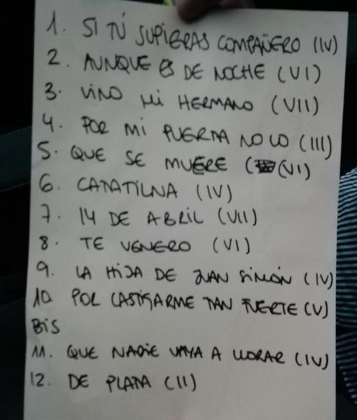 Lista de canciones interpretadas en La Mar de Músicas el 16 de julio de 2017. La tercera canción es «Nos quedamos solitos», pero aquí la identifican con uno de sus versos