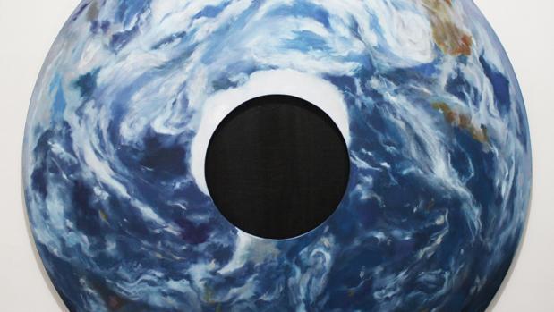 Detalle de «Donut planet» (2017). Óeo sobre madera, de 100 cm. de diámetro