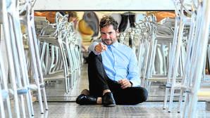 David Bisbal posa durante su entrevista con ABC