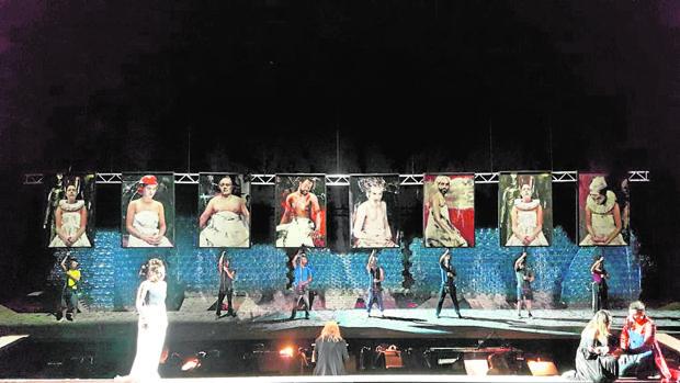 El escenario del Rossini Opera Festival de Pésaro