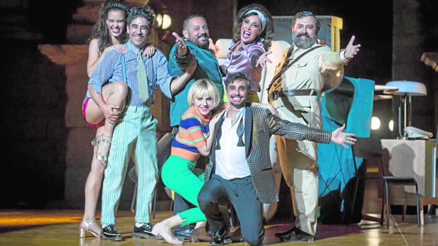 Muchos rostros populares, en el reparto de la obra