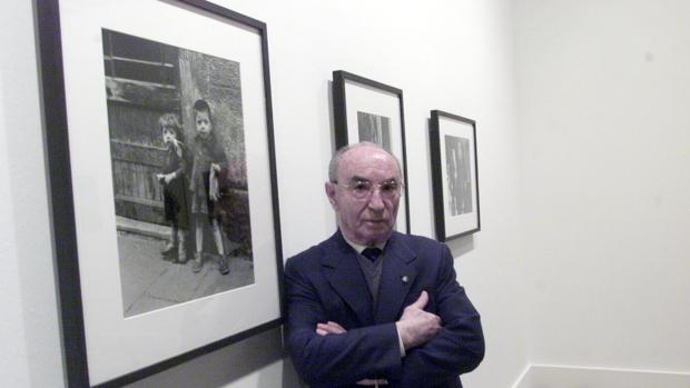 Joan Colom, en una de sus exposiciones
