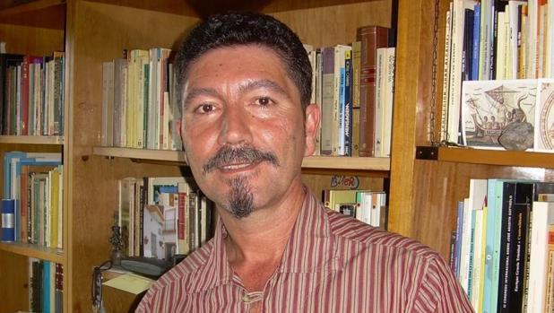 El escritor Pedro González Moreno
