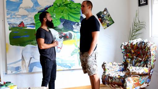 Stark conversa con Fernández-Pinedo en el espacio en el estudio del segundo