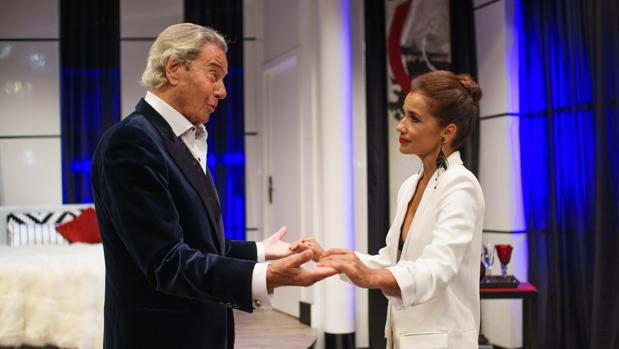 Arturo Fernández y Carmen del Valle, en «Alta seducción»