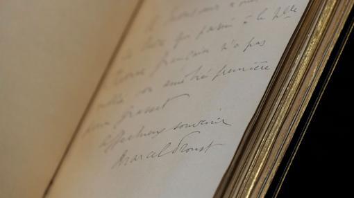 Proust Pag A Cr Ticos Para Que Glosaran Su Genio