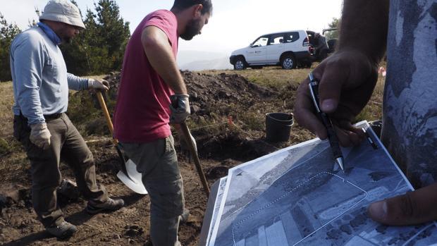 Intervención arqueológica en el campamento romano A Pena Parda, en el municipio de A Fonsagrada