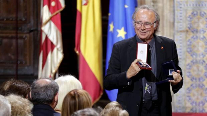 Serrat urge a dialogar sobre Cataluña porque «no se puede esperar a que las cosas se contaminen más»