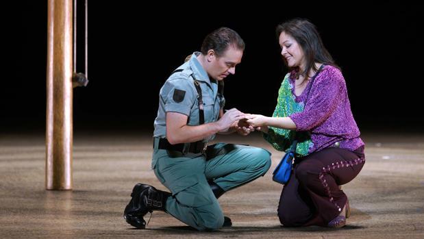 Hemeroteca: «Carmen» abandera el vigésimo aniversario del Teatro Real | Autor del artículo: Finanzas.com