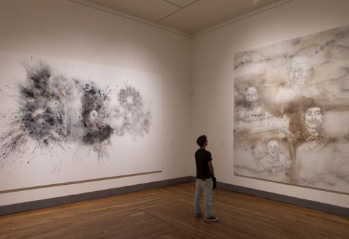 El artista chino recuerda a sus familiares fallecidos en algunas de las obras presentes en la muestra