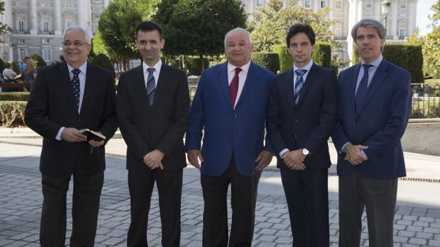 Miguel Ángel Moncholi, José Pablo López, Borja Domecq, Juan del Álamo y Ángel Garrido