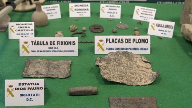Hemeroteca: Seis detenidos en Jaén por el robo de 748 piezas de «valor incalculable»   Autor del artículo: Finanzas.com