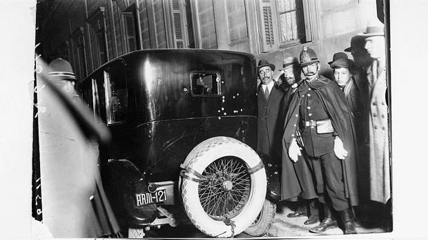 El coche en el que viajaba Eduardo Dato, tiroteado por detrás. Se halla en el Museo del Ejército, en Toledo